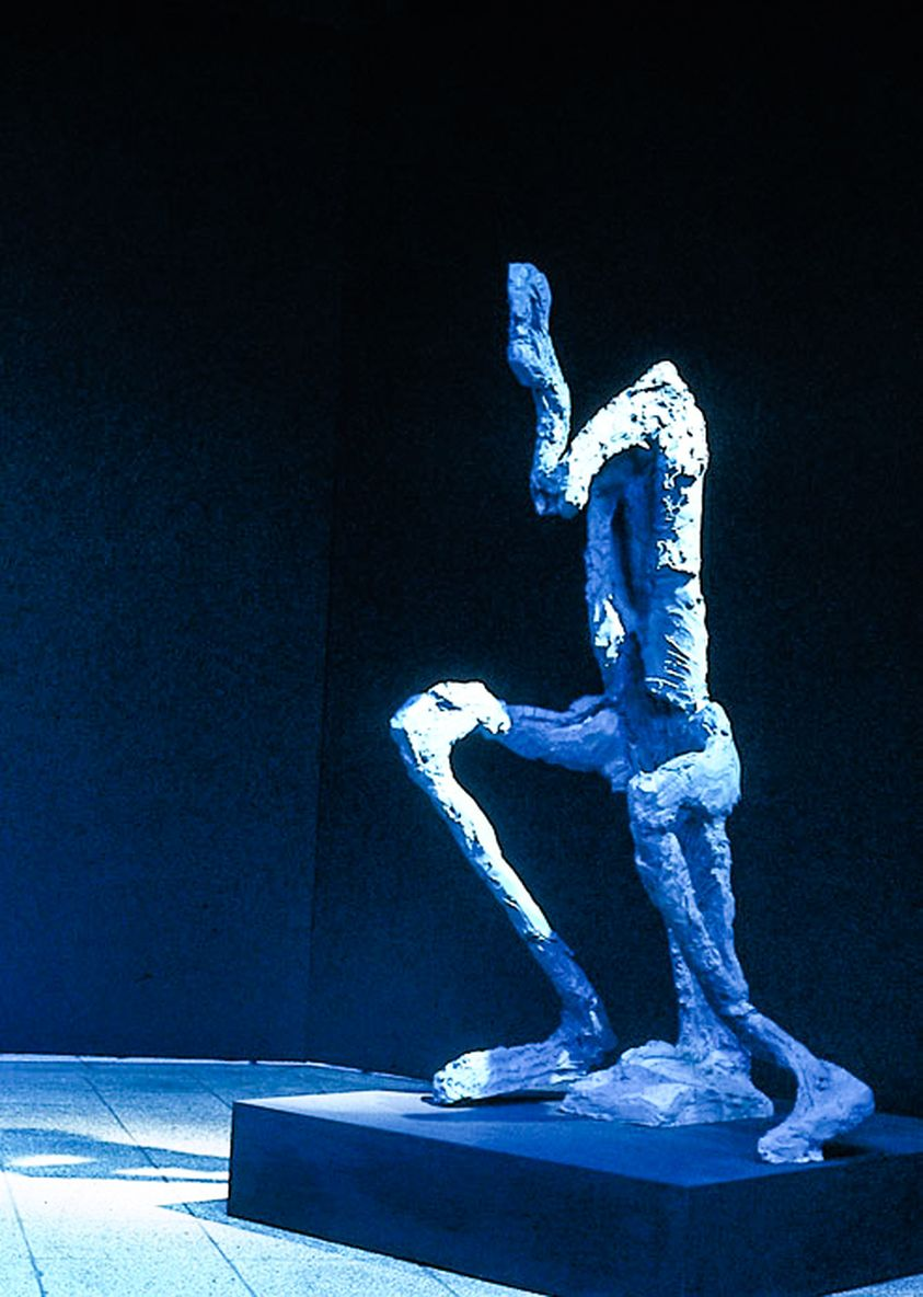 02 Organism, Seated, Am Turm Gallery, Berlin 1989_mini