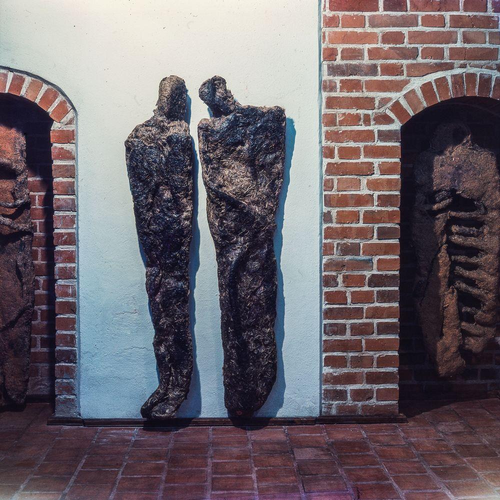 04 Mystery of time, Zamek Gallery, Reszel, 1999_mini