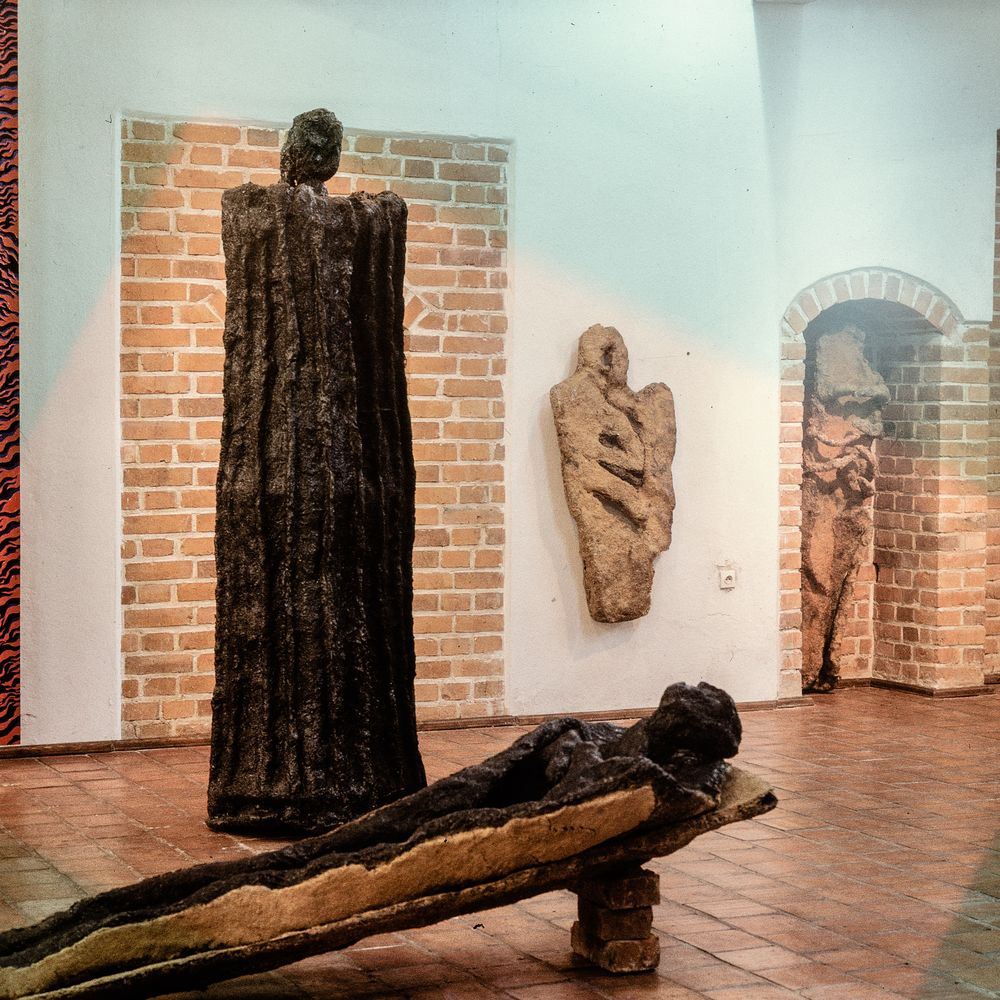 05 Mystery of time, Zamek Gallery, Reszel, 1999_mini